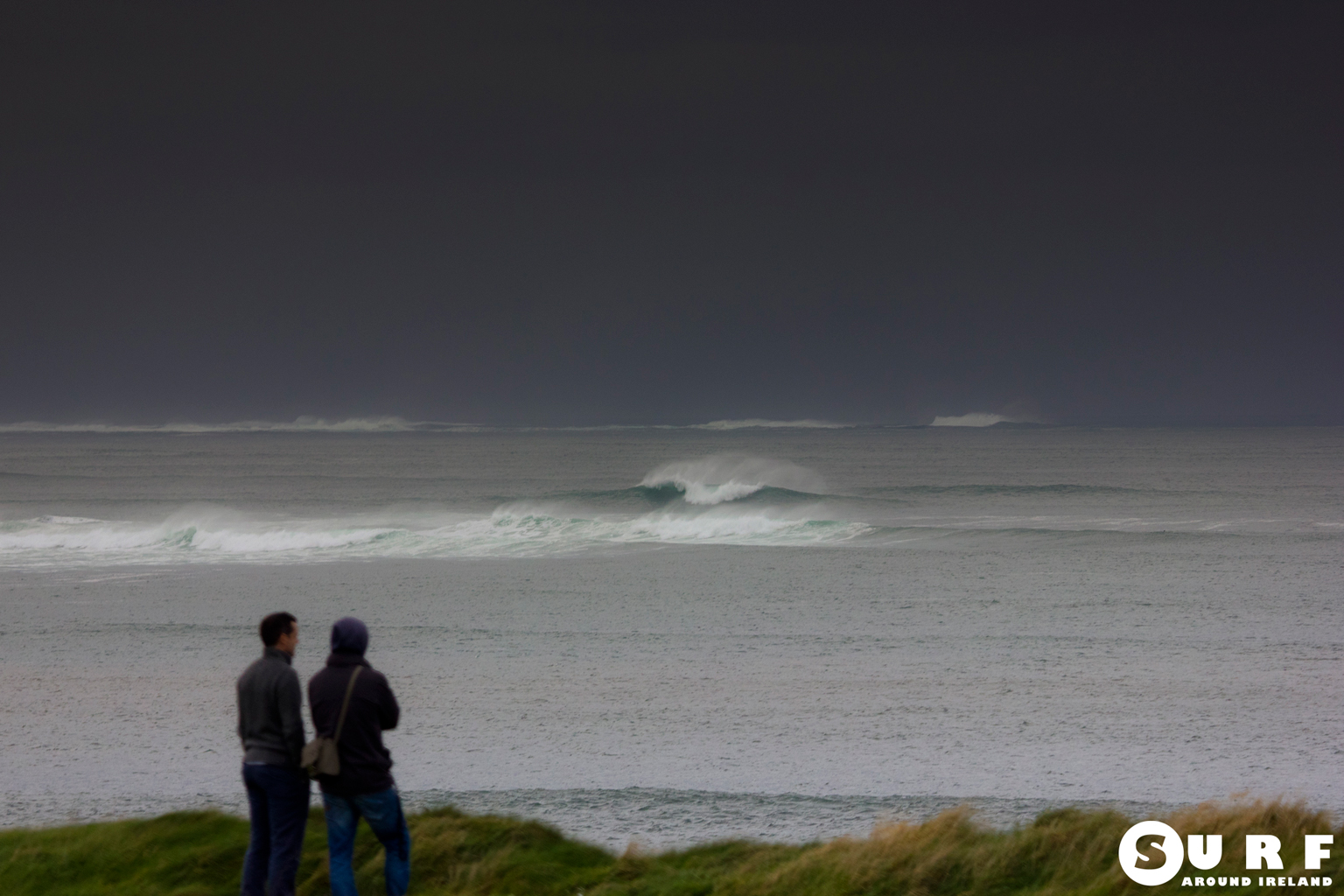 Surfing Ireland_IMG_8021_L